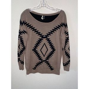 WINDSOR Scoop Neck Tribal Sweater Size Small